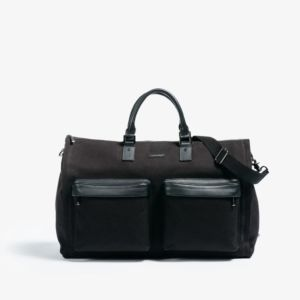 GARMENT WEEKENDER BAG IN BLACK BY HOOK & ALBERT