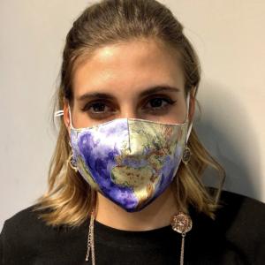 globe face mask
